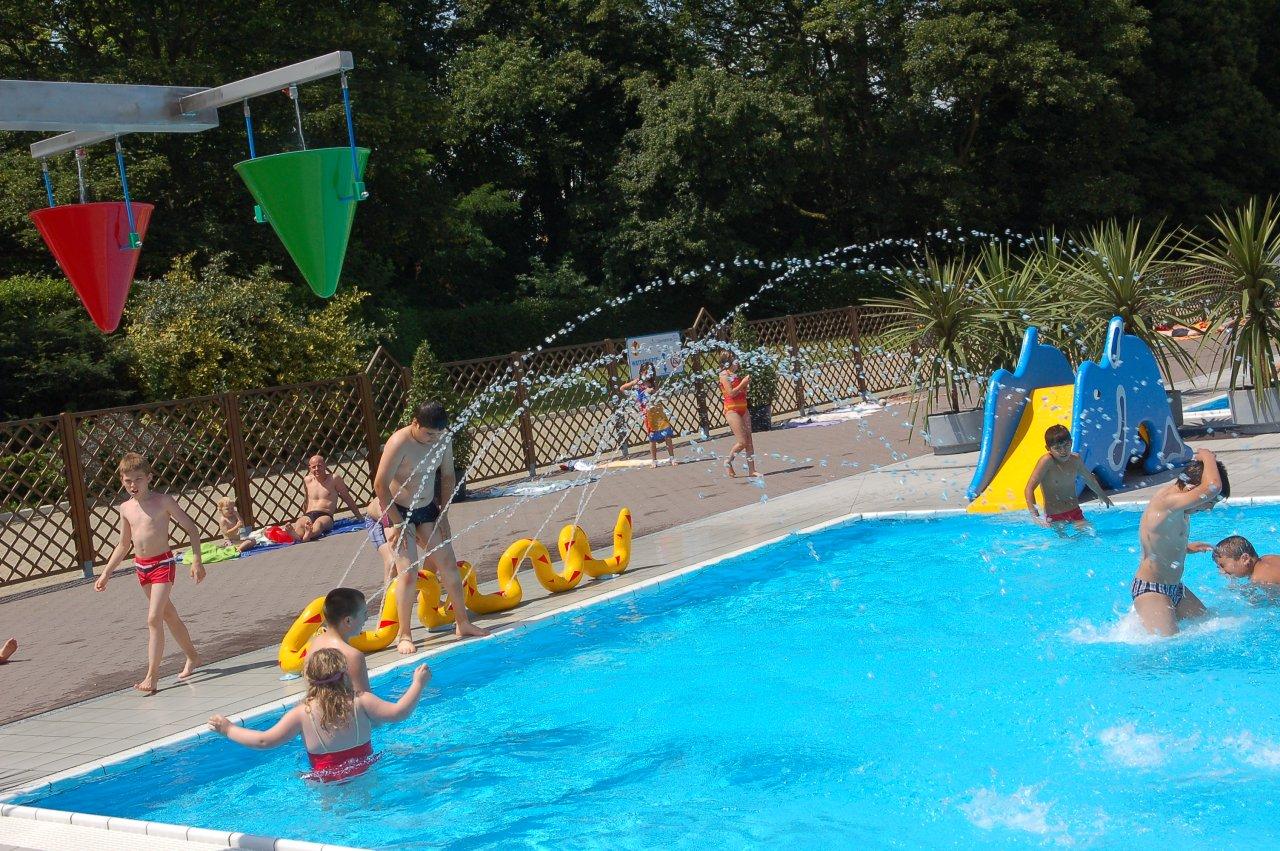 Zwemmen visit gent - Deco tuin met zwembad ...