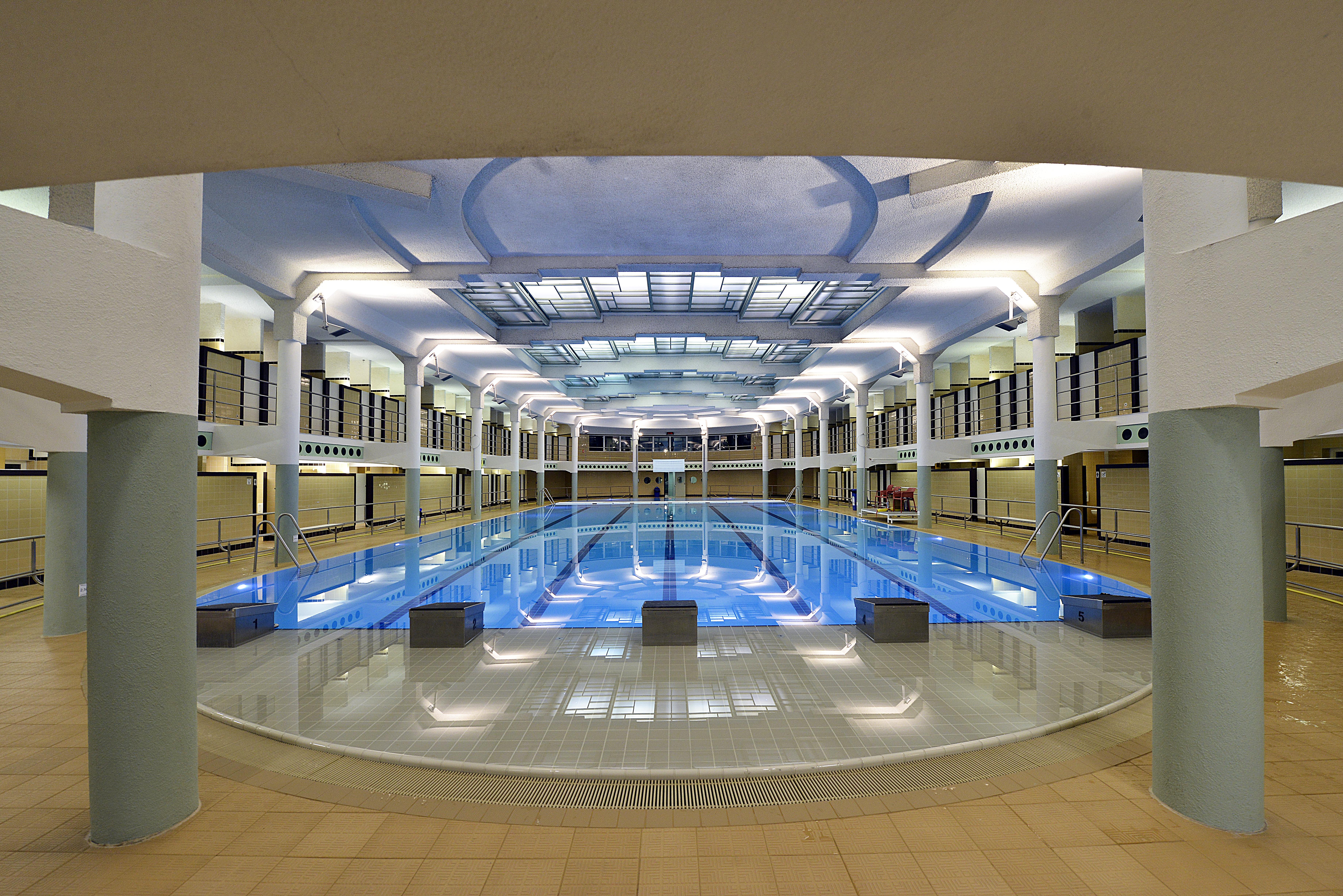 Schwimmbad van eyck visit gent