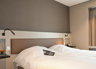 Comfy beds at Aparthotel Castelnou