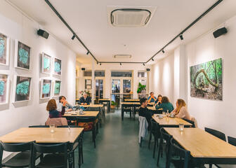 Lunch and dining space at Lekker Gec