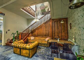 A cozy lounge at Mémé Gusta